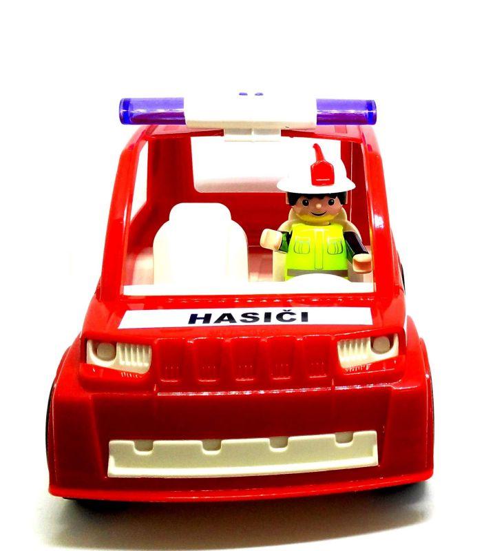 Igráček s hasičským autem