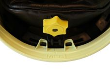 Přilba Gallet F1 XF - fotoluminiscenční (zlatý štít) - kolečko