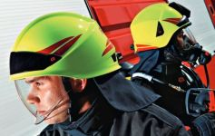 Přilba HEROS-smart Rosenbauer signální žlutá-luminiscenční - v praxi