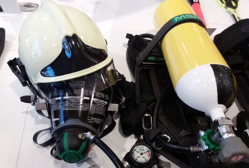 SET komletní dýchací přístroj MSA Airgo PRO + Gallet F1 SF ...
